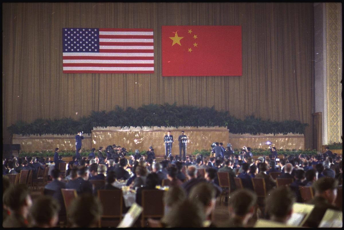 """סכסוכים מההיסטורייה ארה""""ב סין"""